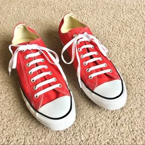 Converse all star red canvas sneakers chucks low